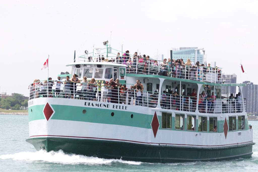 Private Charter Party aboard the Diamond Belle
